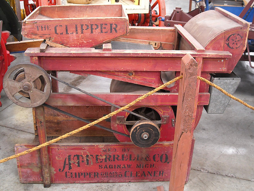 clipper grain cleaner